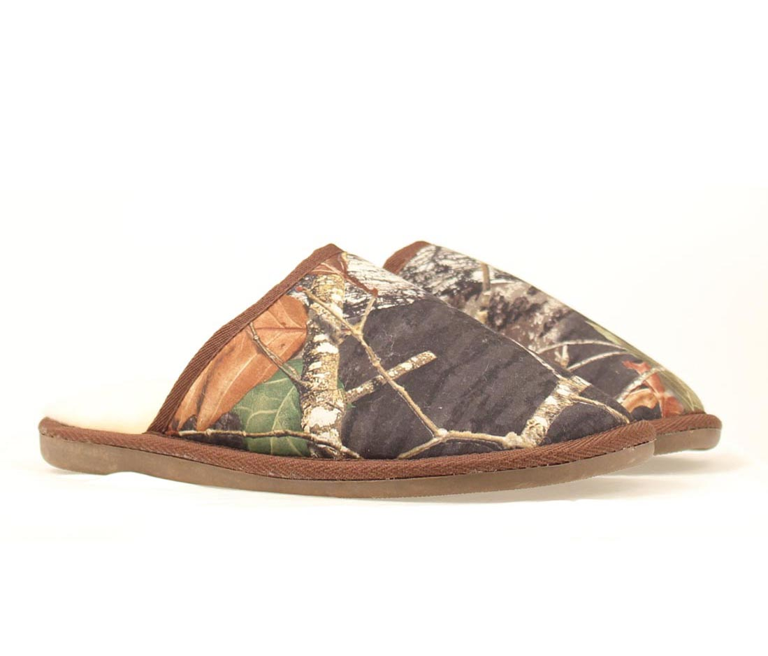 MENS CAMO SLIPPERS