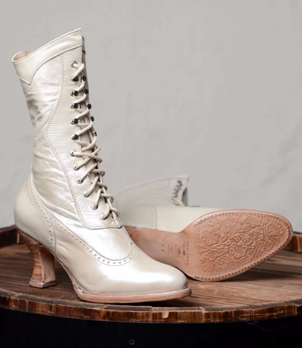 Old west wedding boot cattle kate for Old west wedding dresses